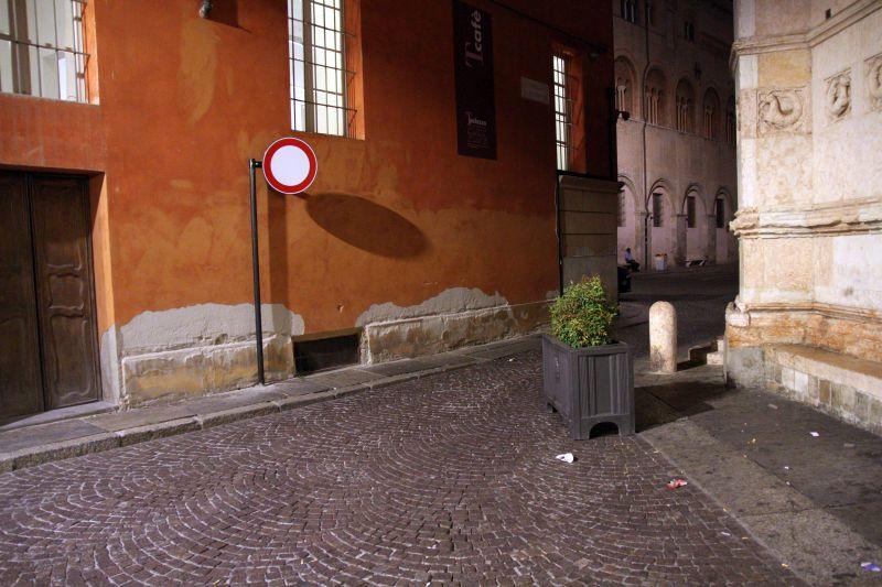 Foto Luigi Boschi: Vicolo del Battistero Parma