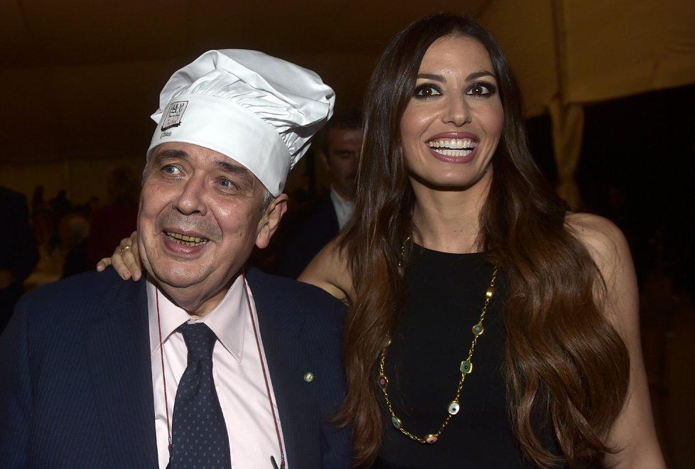 Foto Marco Vasini: Cesare Azzali con Elisabetta Gregoracci