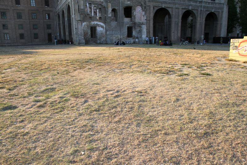 Foto Luigi Boschi: piazzale della Pace nel complesso munumentale della Pilotta di Parma