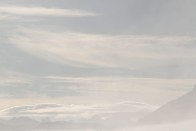 Foto Luigi Boschi: viaggio tra cielo, nubi e nebbia