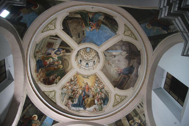 Foto Luigi Boschi: Cupola della Chiesa del Rosario: affresco di Giovan Battista De Filippo (1865- 1963)